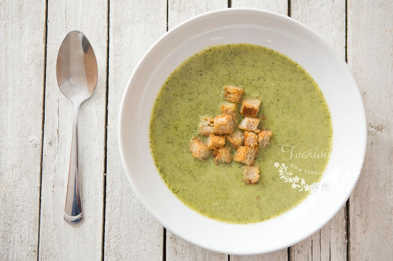 Brokolicová krémová polévka