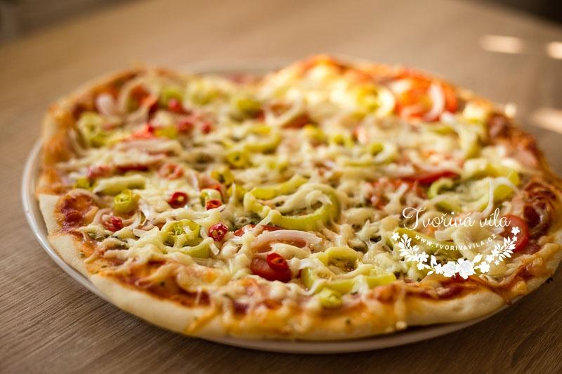Domácí těsto na pizzu