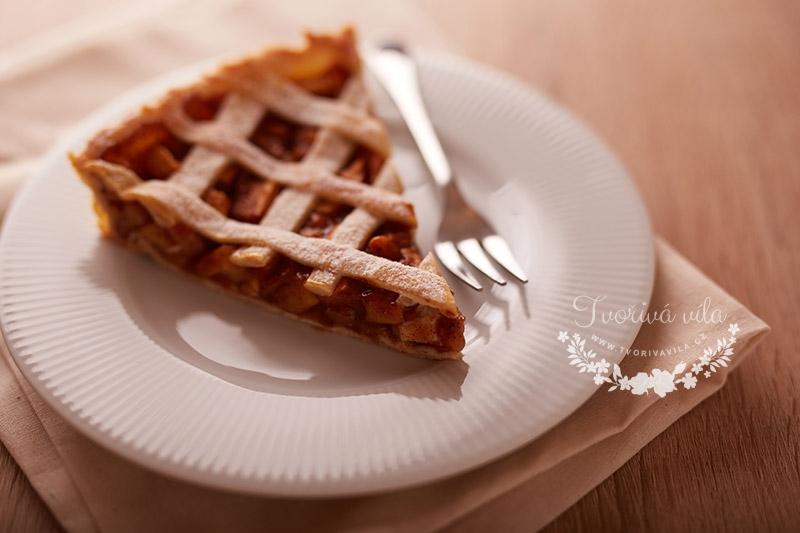 Jablečný mřížková koláč